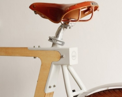 Curana mudguards now also on wooden bicycles